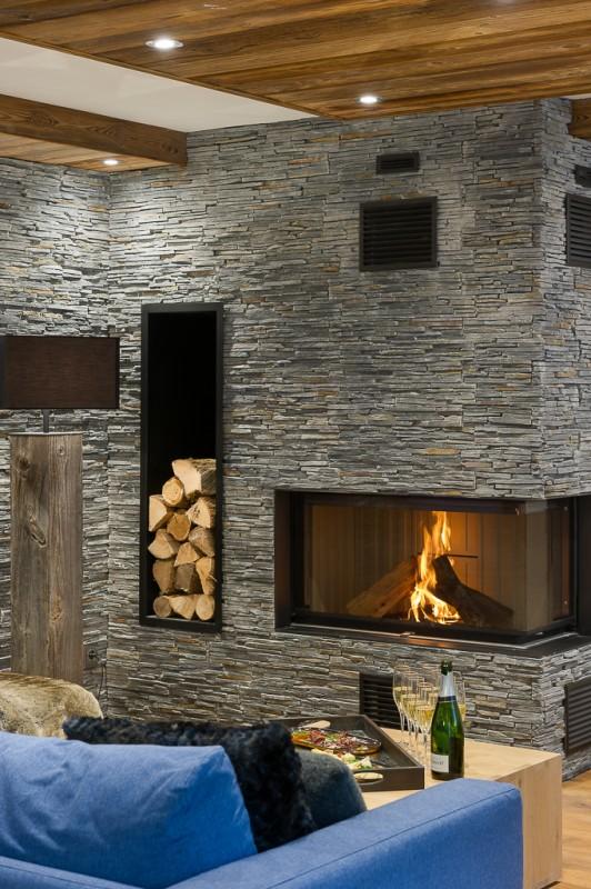 Annapurna-B302-salon-cheminee-location-appartement-chalet-Les-Gets