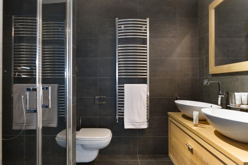 Annapurna-B303-salle-de-bain4-location-appartement-chalet-Les-Gets