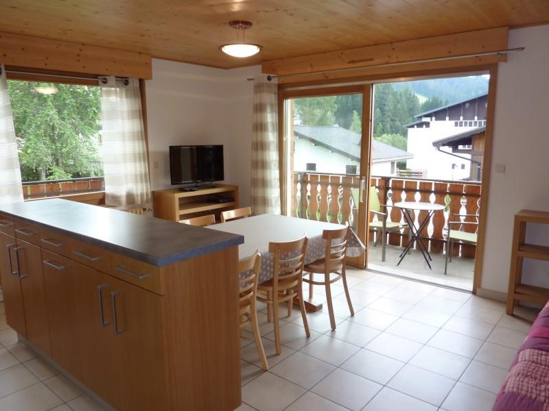Armaillis-1-sejour1-location-appartement-chalet-Les-Gets