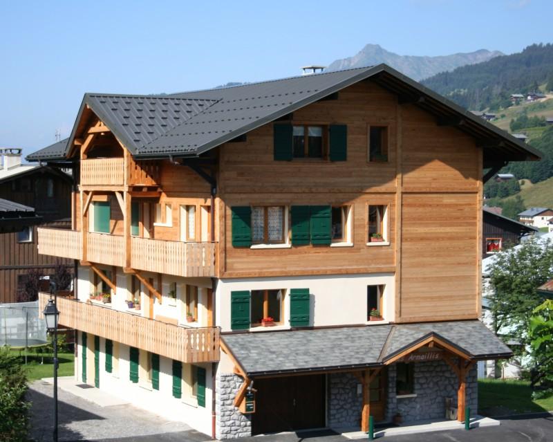 Armaillis-3-exterieur-ete-location-appartement-chalet-Les-Gets