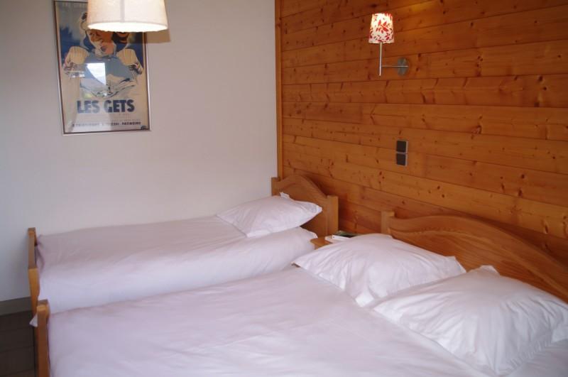 Arolle-4-chambre-triple2-location-appartement-chalet-Les-Gets