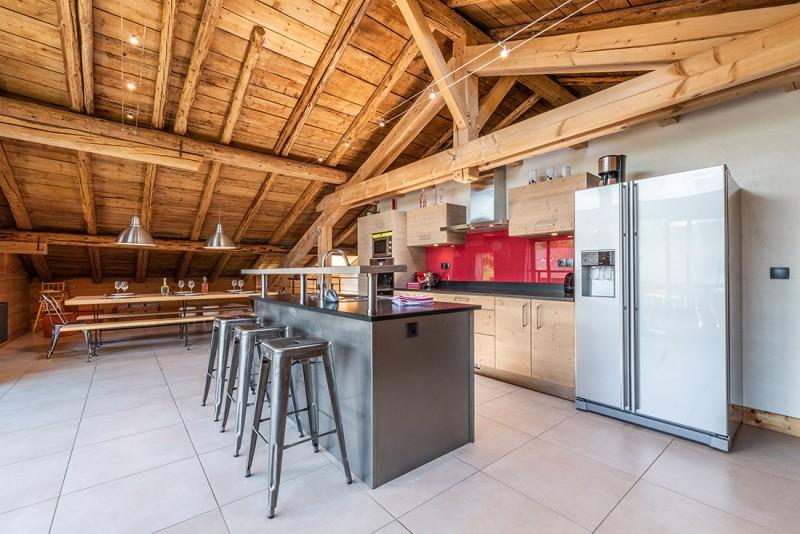 Arolle-Ourson-cuisine-location-appartement-chalet-Les-Gets
