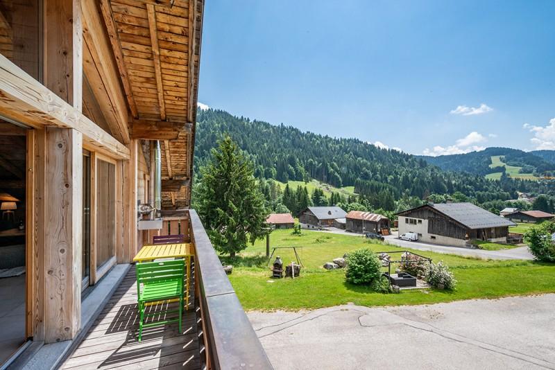 Arolle-Ourson-vue-balcon-location-appartement-chalet-Les-Gets