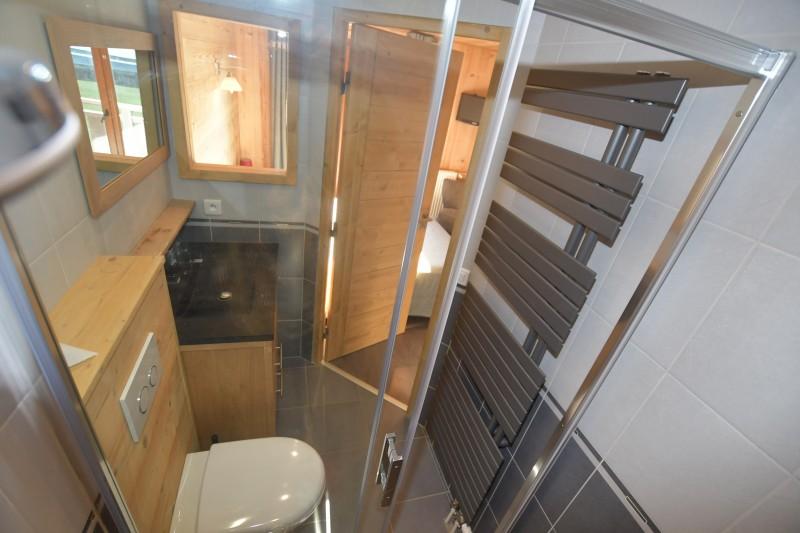 Beau-sejour-1-salle-de-bain-location-appartement-chalet-Les-Gets