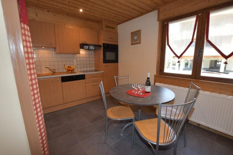 Beau-Sejour-2-cuisine-location-appartement-chalet-Les-Gets