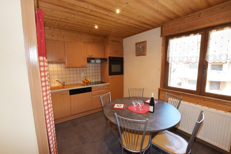 Beau-Sejour-4-cuisine-location-appartement-chalet-Les-Gets