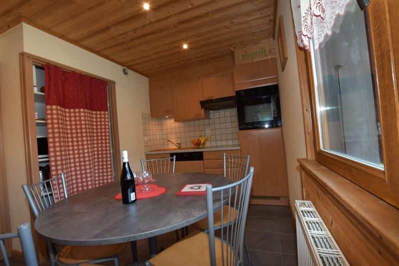 Beau-Sejour-4-cuisine1-location-appartement-chalet-Les-Gets