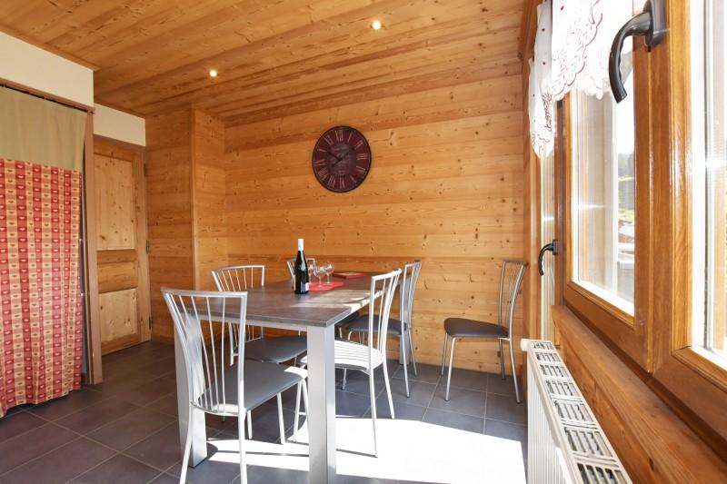 Beau-Sejour-5-salle-a-manger-location-appartement-chalet-Les-Gets
