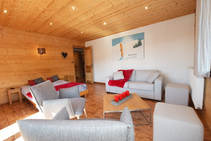 Beau-Sejour-5-salon-chambre-location-appartement-chalet-Les-Gets