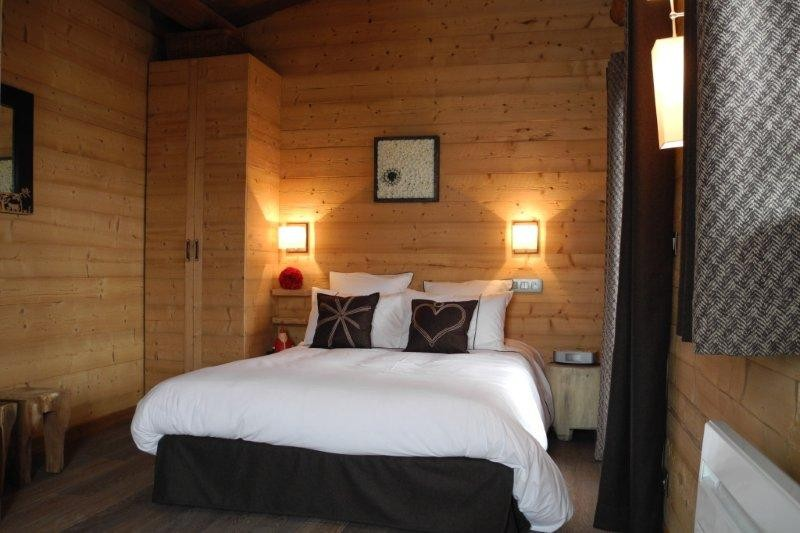 Bel-Horizon-chambre-lit-double-location-appartement-chalet-Les-Gets