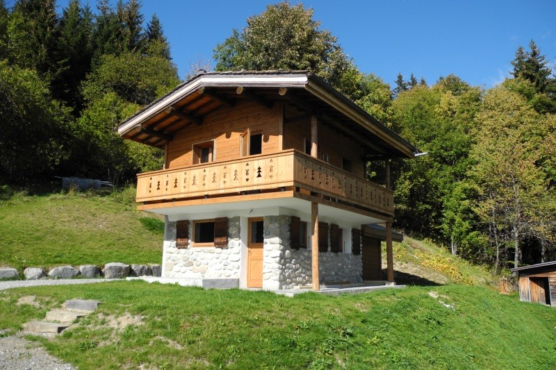 Bel-Horizon-exterieur-ete-location-appartement-chalet-Les-Gets