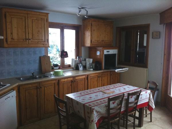 Beth-Shemesh-cuisine2-location-appartement-chalet-Les-Gets