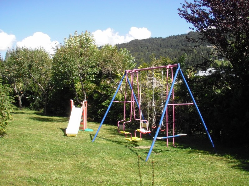 Beth-Shemesh-jardin-location-appartement-chalet-Les-Gets