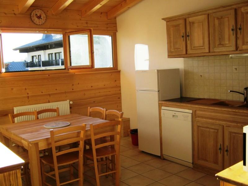 Bleuets-2-cuisine-location-appartement-chalet-Les-Gets