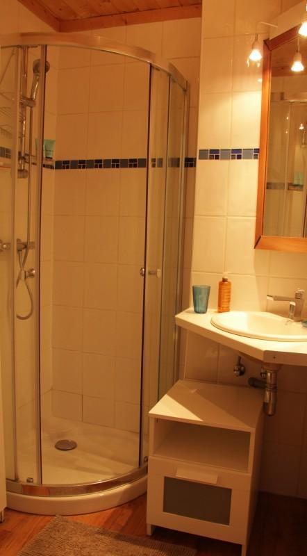 Bouillandire-A7-salle-de-bain-location-appartement-chalet-Les-Gets
