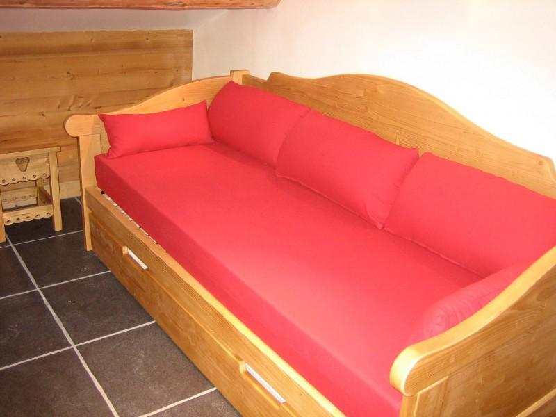 Carry-5-canape-location-appartement-chalet-Les-Gets