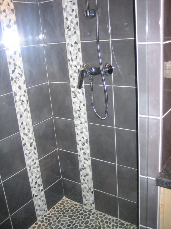 Carry-6-douche-location-appartement-chalet-Les-Gets