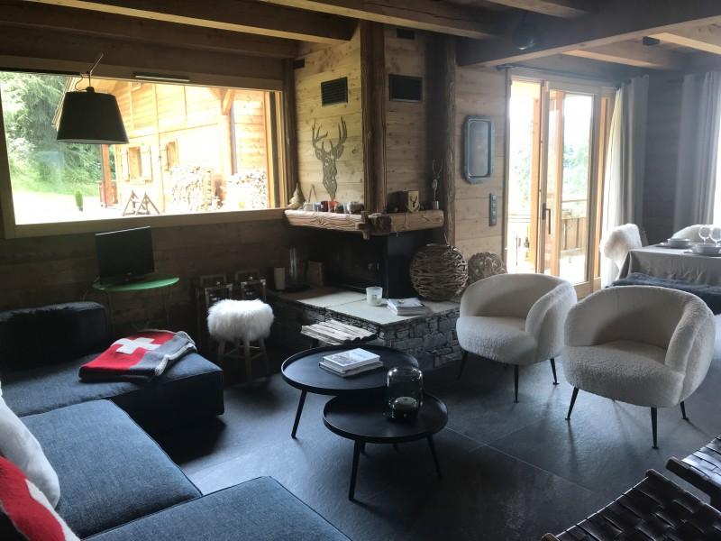 Chalet-Aramis-salon-location-appartement-chalet-Les-Gets