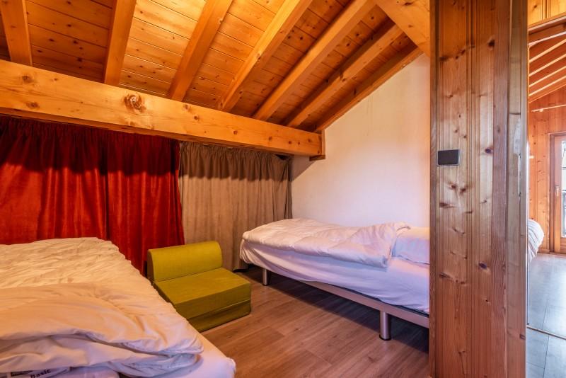 Chalet-La-Taniere-chambre-lits-simples-location-appartement-chalet-Les-Gets
