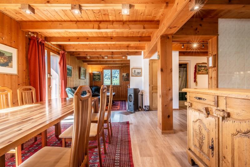 Chalet-La-Taniere-sejour3-location-appartement-chalet-Les-Gets