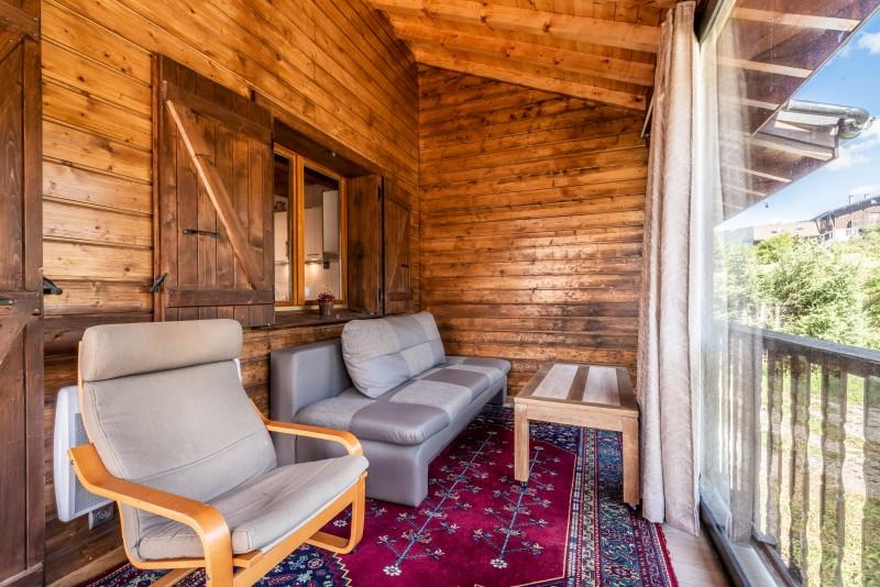 Chalet-La-Taniere-veranda-couverte-location-appartement-chalet-Les-Gets