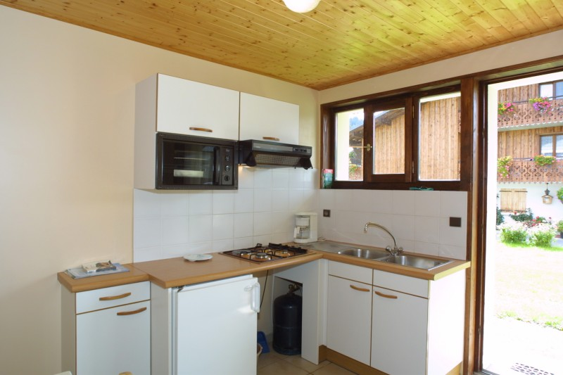 Chamioret-5-Pensee-cuisine-location-appartement-chalet-Les-Gets