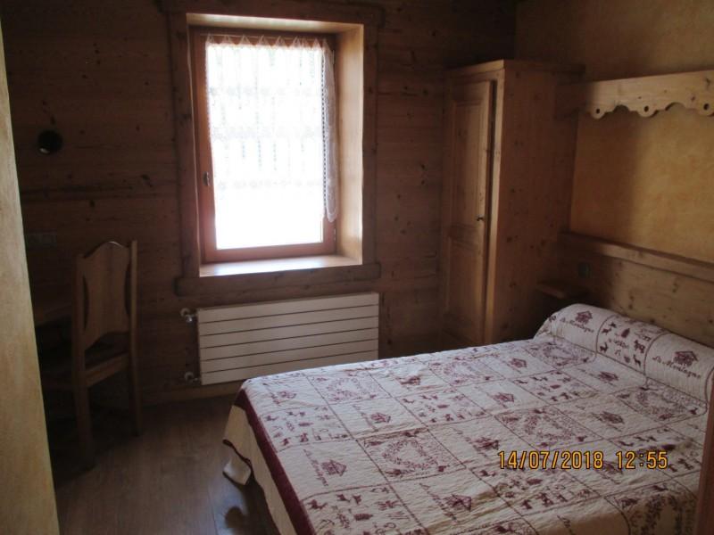 Chapuis-chambre-double-location-appartement-chalet-Les-Gets