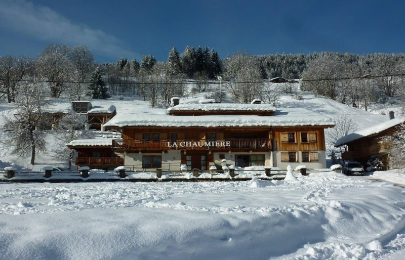 Chaumiere-2-4pieces-6personnes-exterieur-hiver-location-appartement-chalet-Les-Gets