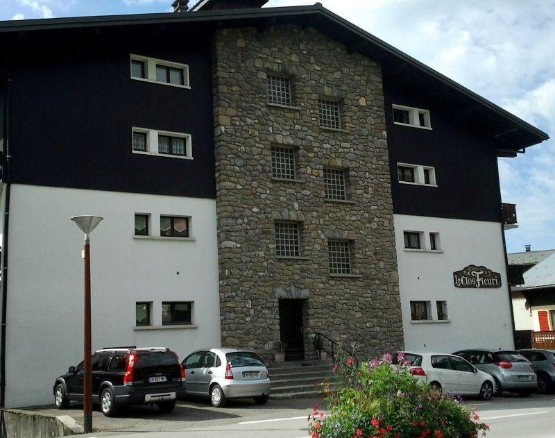 Clos-fleuri-11-exterieur-ete2-location-appartement-chalet-Les-Gets