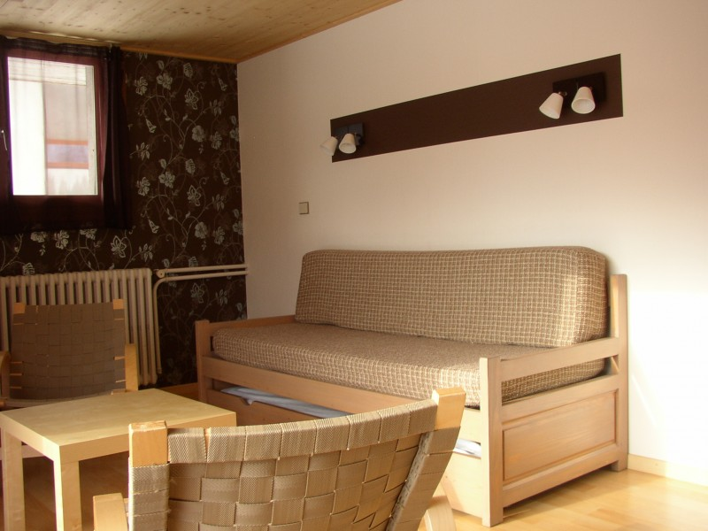 Croisette-1-salon-location-appartement-chalet-Les-Gets