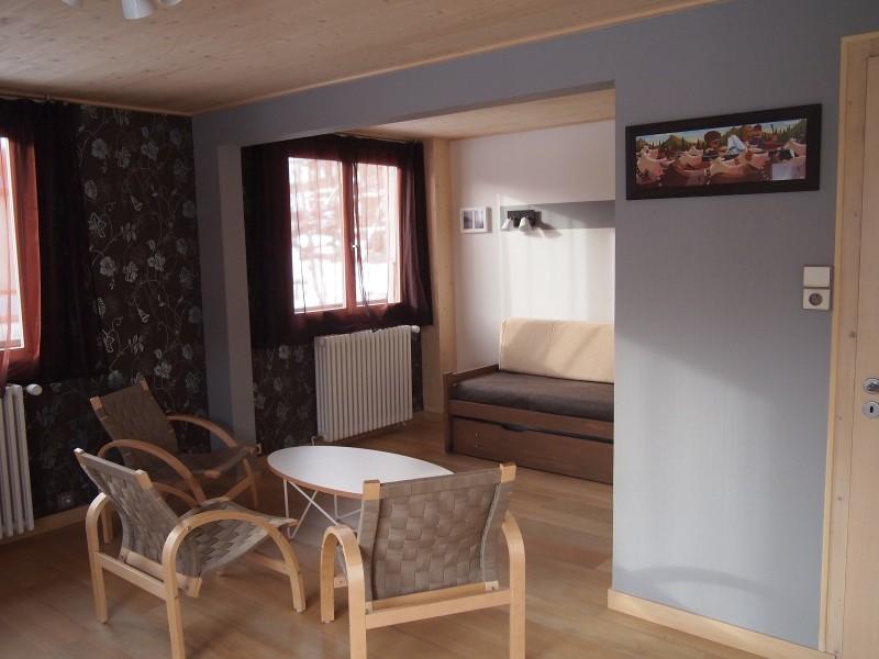 Croisette-2-salon2-location-appartement-chalet-Les-Gets