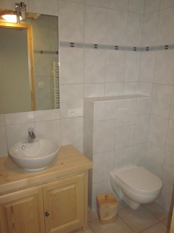 Daguet-1-salle-de-bain1-location-appartement-chalet-Les-Gets