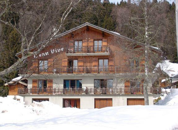 Eau-Vive-3-exterieur-hiver-location-appartement-chalet-Les-Gets