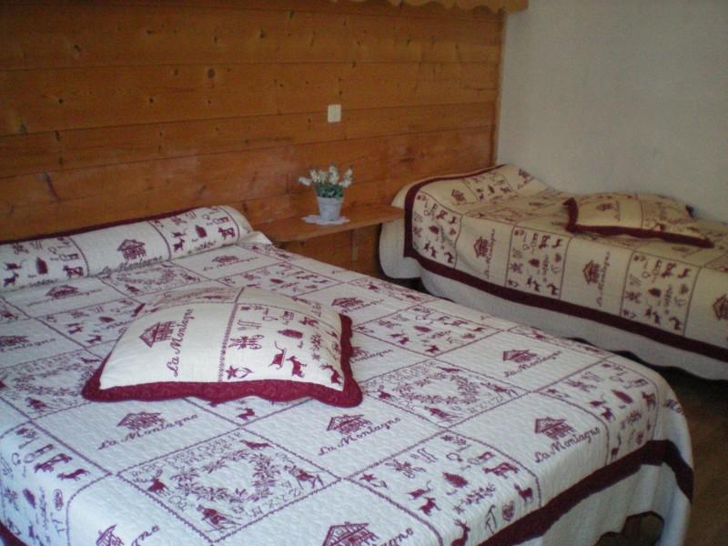 Escapade-2-Mont-Chery-chambre-triple1-location-appartement-chalet-Les-Gets