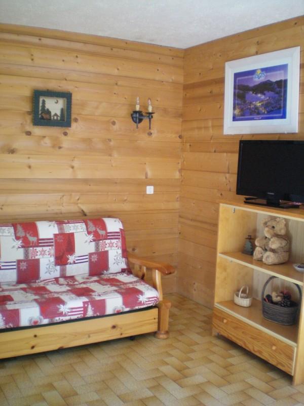Escapade-2-Mont-Chery-salon-location-appartement-chalet-Les-Gets