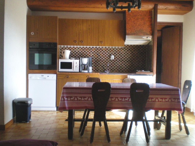 Escapade-3-Turche-cuisine-location-appartement-chalet-Les-Gets