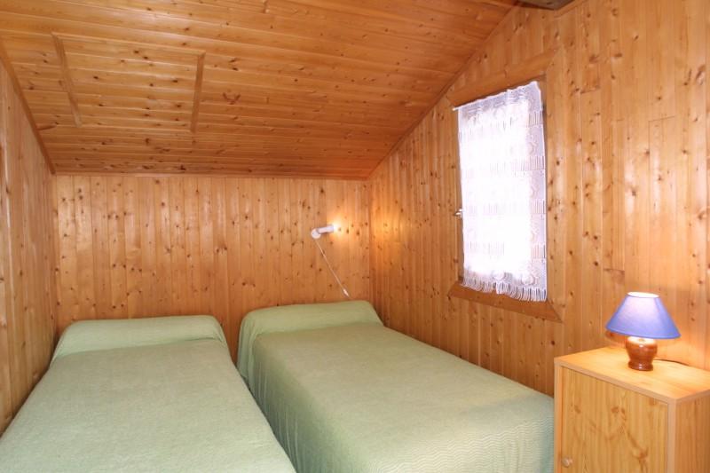 Fauvettes-3-Mont-Chery-chambre-lits-simples-location-appartement-chalet-Les-Gets