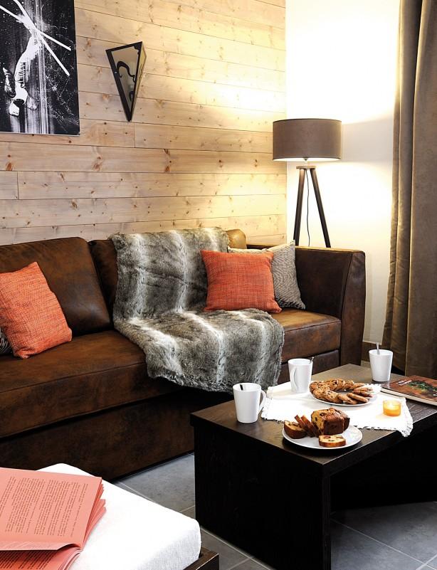 Fermes-d-Emiguy-3-pieces-6-personnes-salon2-location-appartement-chalet-Les-Gets
