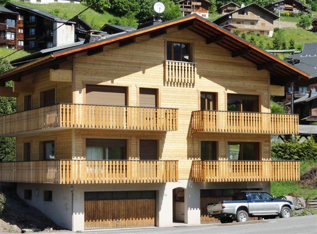 Floriere-4-exterieur-ete-location-appartement-chalet-Les-Gets
