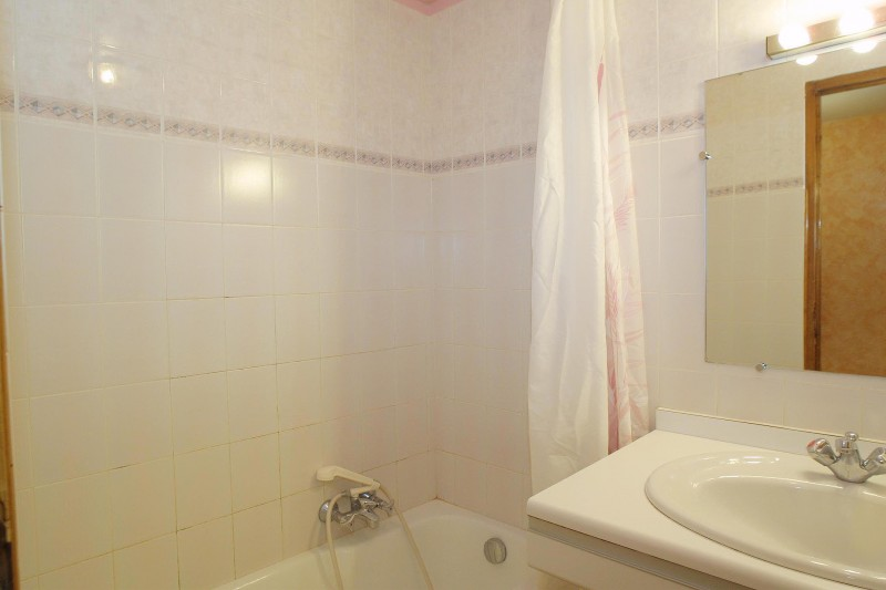 Forge-A-salle-de-bain-location-appartement-chalet-Les-Gets