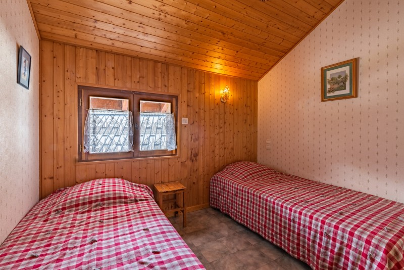 Forge-F-chambre-lits-simples-location-appartement-chalet-Les-Gets