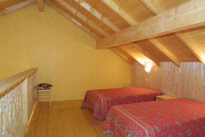 Forge-G-lits-simples-location-appartement-chalet-Les-Gets