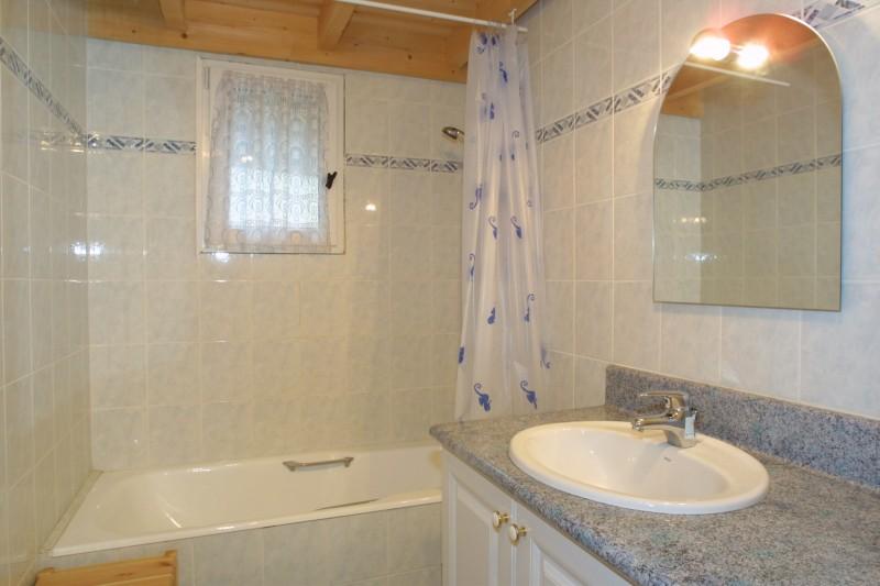 Forge-G-salle-de-bain-location-appartement-chalet-Les-Gets