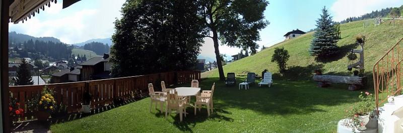 Frachettes-1-exterieur-ete-jardin1-location-appartement-chalet-Les-Gets