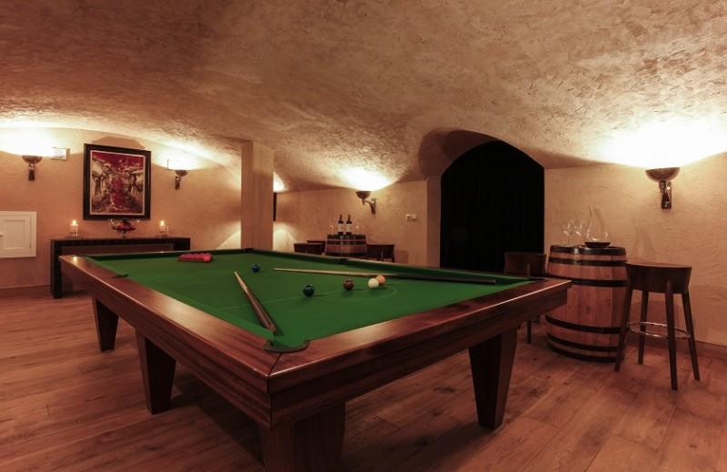 grande-corniche-wine-cellar-246646