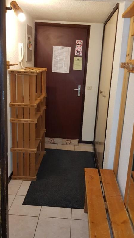 Grizzli-6-entree-location-appartement-chalet-Les-Gets