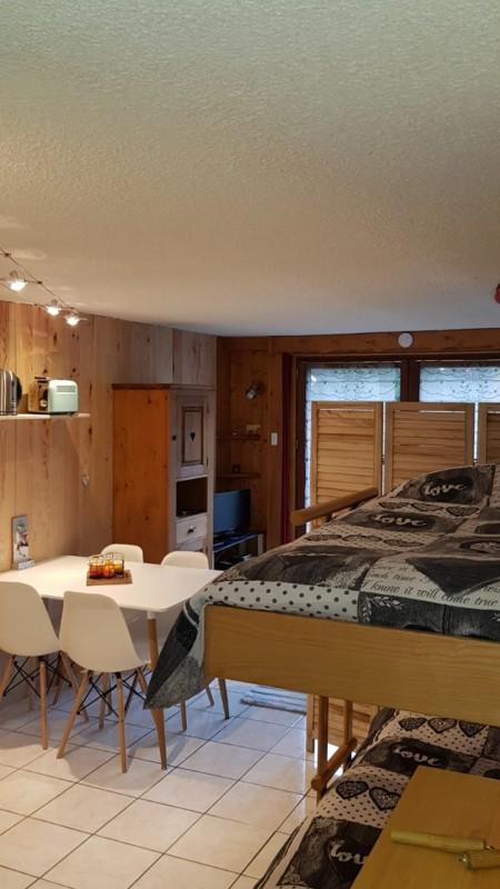 Grizzli-6-sejour2-location-appartement-chalet-Les-Gets