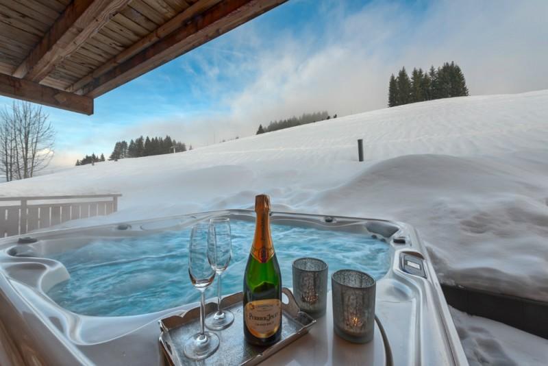 hot-tub-1-3353282