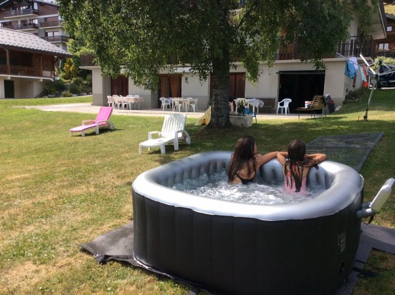 jacuzzi-commun-eaux-vives-ete-2018-1016969