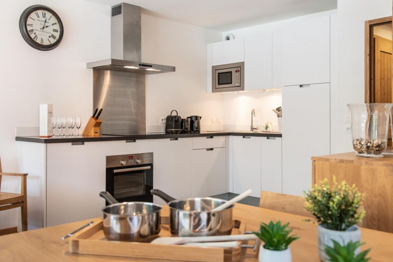 K2-12-cuisine2-location-appartement-chalet-Les-Gets